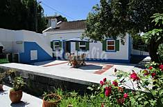 House for 5-7 people 2.5 km from the beach Faial Island