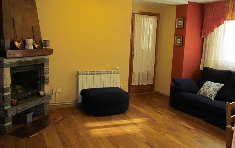 Apartment Living-room Huesca Panticosa Apartment - Living-room