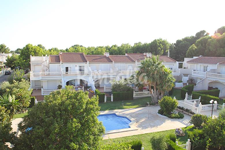 Casa en alquiler a 30 mts del mar playa cristal miami playa mont roig del camp tarragona - Alquiler casas vacacionales costa dorada ...