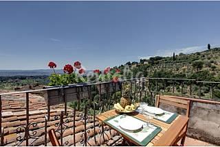 Apartamento de 2 habitaciones con vistas a la montaña Florencia