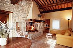 2 Houses with 4 bedrooms in Fonte Vetriana Siena