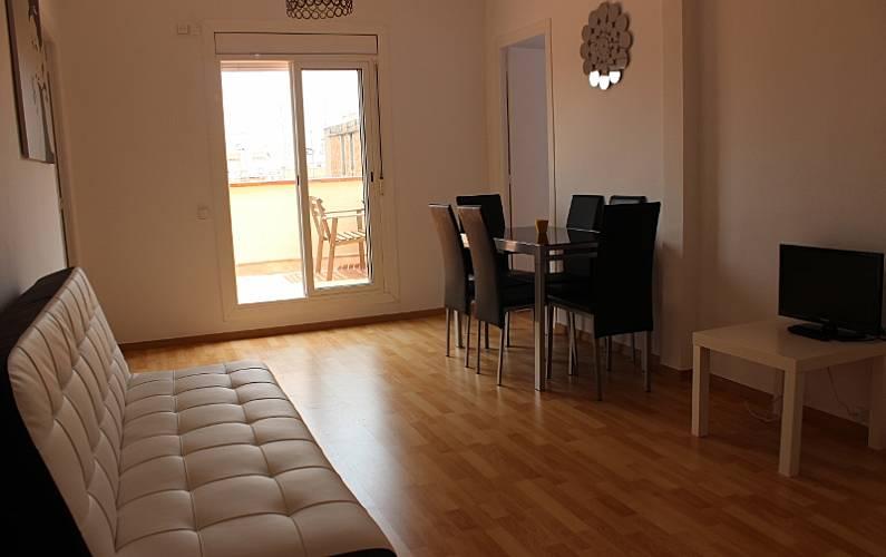 preciosos pisos en sagrada familia barcelona barcelona barcelona centro ciudad. Black Bedroom Furniture Sets. Home Design Ideas