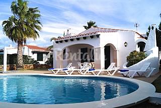 Villa en alquiler con piscina en Cap D´Artruitx Menorca