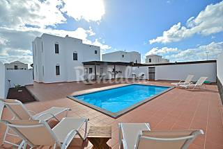 2 Villas with 3 bedrooms only 600 meters from the beach Lanzarote