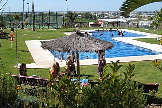 2 Apartamentos con buenas vistas en campo de golf Cádiz