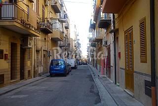 Casa con 1 stanza a 1000 m dalla spiaggia Palermo