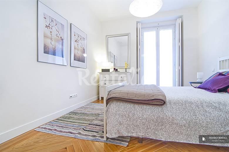 El apartamento prado iii en madrid madrid madrid for Licencia apartamento turistico madrid