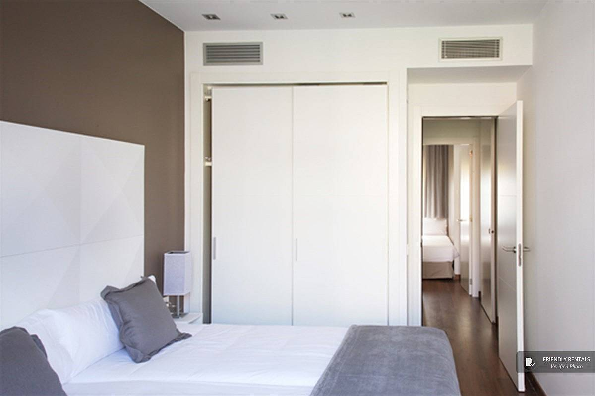 L appartamento suites deluxe a barcellona barcellona for Alloggi a barcellona