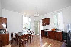 independent apartment with garden and private park La Spezia