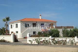 Casa de 4 habitaciones cerca Mojácar Almería