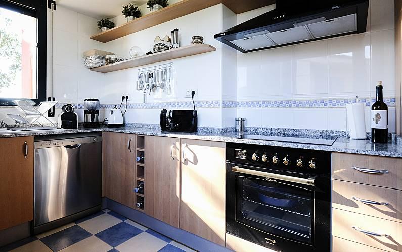Serenity Kitchen Tarragona Mont-roig del Camp House - Kitchen