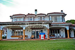 Villa for 16-18 people on the beach front line Málaga