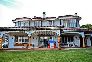 Villa for 16-18 people on the beach front line Málaga