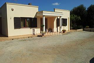 Villa con 3 stanze a 12 km dalla spiaggia Brindisi