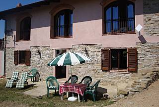 House for rent with private garden Cuneo