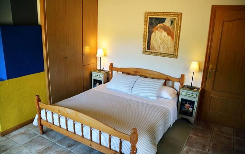 Can Habitación Girona/Gerona Vilobí d'Onyar Casa en entorno rural - Habitación