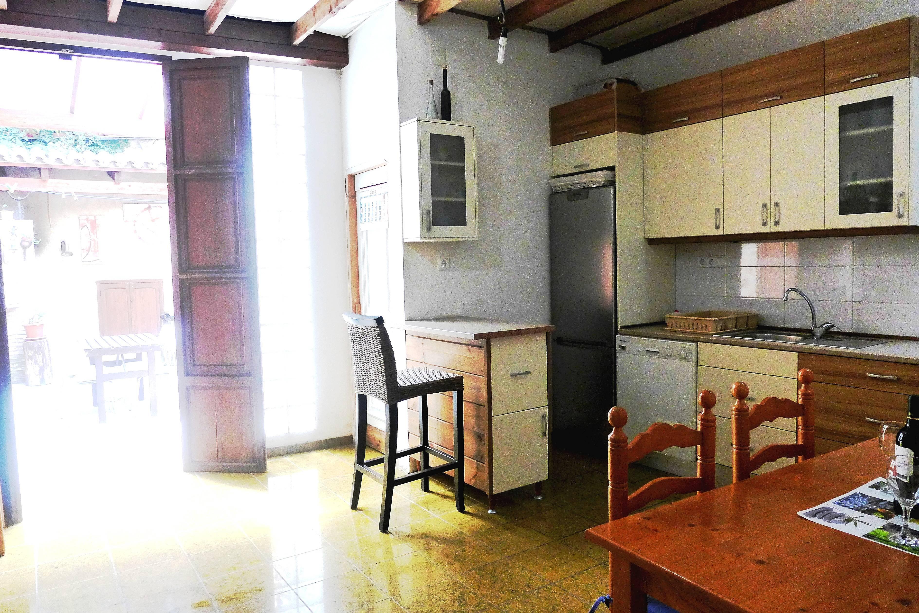 maison en location 2 km de la plage oliva valence. Black Bedroom Furniture Sets. Home Design Ideas