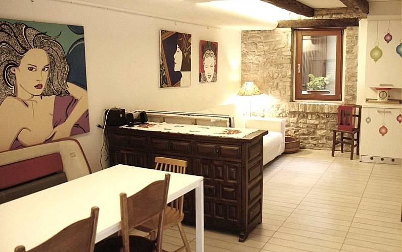 Klabhouse tartana in centro storico grado grado gorizia for Piani di casa sotto 500 piedi quadrati