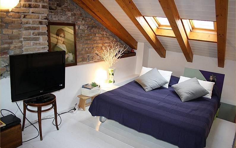 Klabhouse attico in centro di grado grado gorizia for Piani di casa sotto 500 piedi quadrati