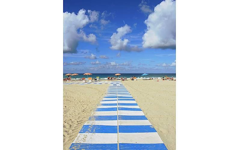 Appartamento per 4 6 persone a 600 m dalla spiaggia san for Appartamento monolocale di 600 m