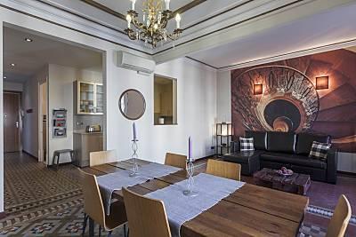 Apartamento céntrico y modernista 4-6 personas  Barcelona