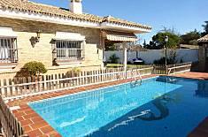 Villa Veleta.  4 habitaciones, piscina privada. Cádiz