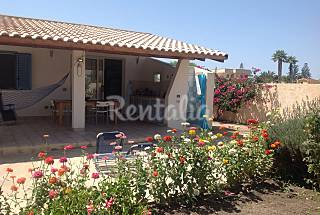 Villa with 4 bedrooms only 200 meters from the beach Ragusa