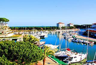 Apartamento 6pax con vistas al mar; piscina y WIFI Girona/Gerona