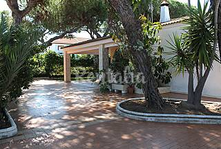 Villa with 5 bedrooms only 300 meters from the beach Huelva
