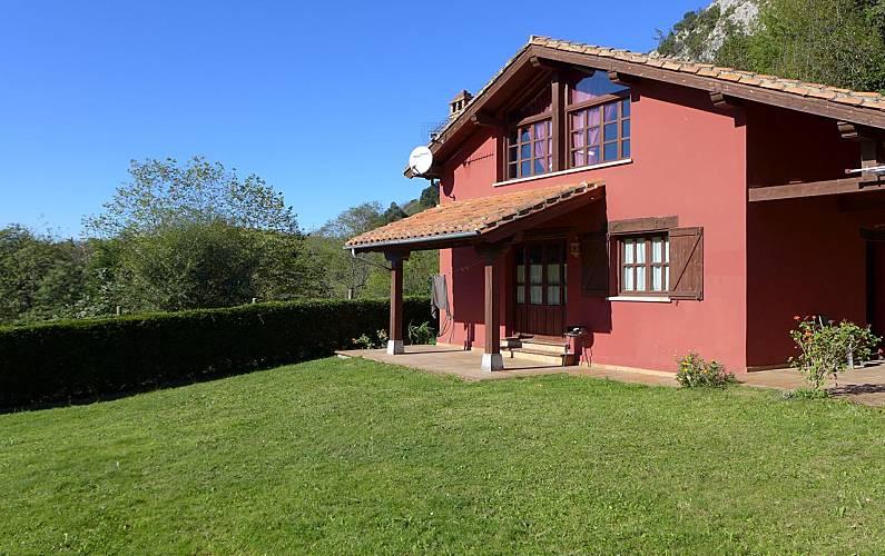 Villa Exterior del aloj. Asturias Llanes Villa en entorno rural - Exterior del aloj.