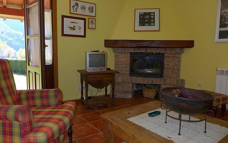 Villa Salón Asturias Llanes Villa en entorno rural - Salón