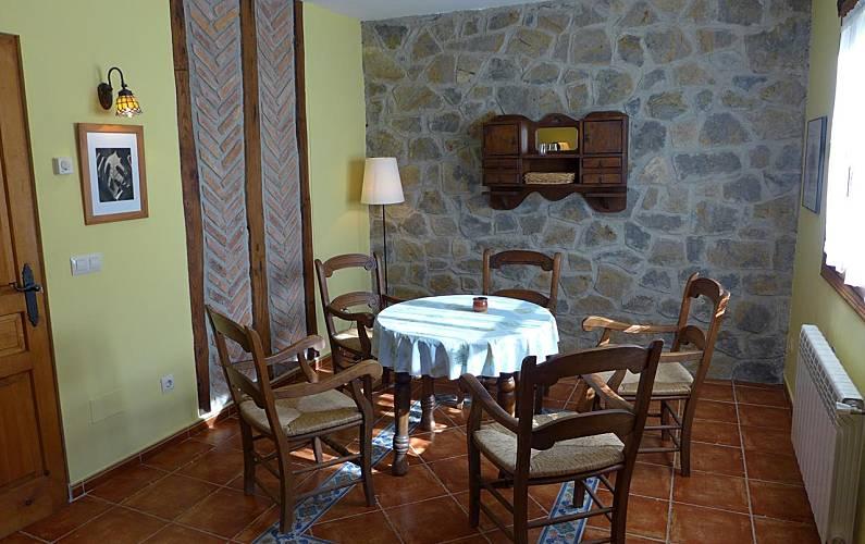 Villa Comedor Asturias Llanes Villa en entorno rural - Comedor