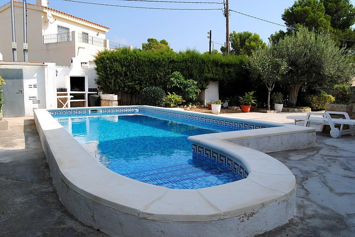 Villa en alquiler a 3 5 km de la playa tres calas l for Pisos alquiler ametlla de mar