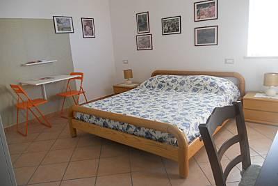 Apartamento en alquiler a 1200 m de la playa Nápoles