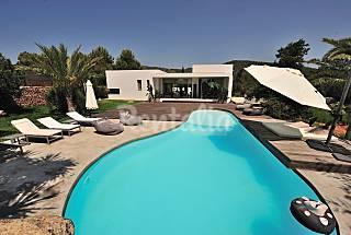 Modern 4 bedroomed villa  near cala jondal, Ibiza  Ibiza