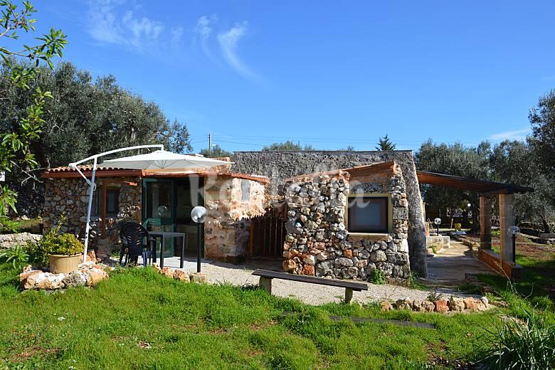 Huis te huur op 350 meter van het strand marina san gregorio pat lecce salento - Huis van kind buiten ...
