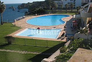Apartamento com 2 quartos a 100 m da praia