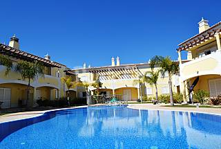 Apartamento para 4-6 personas a 2500 m de la playa Algarve-Faro
