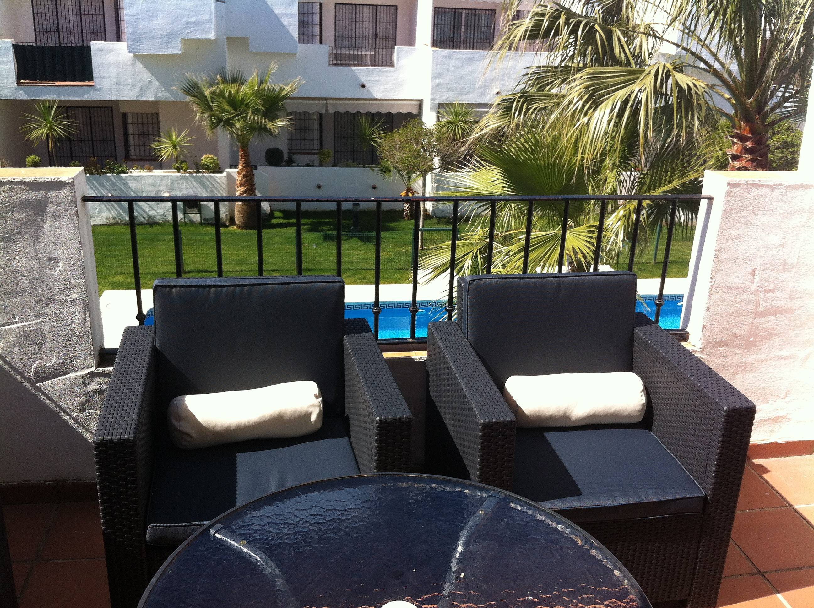 Apartment with 2 bedrooms only 1000 meters from the beach - Rentalia islantilla ...