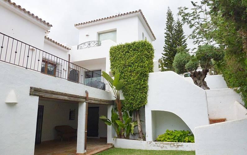 La Exterior del aloj. Alicante Teulada villa - Exterior del aloj.