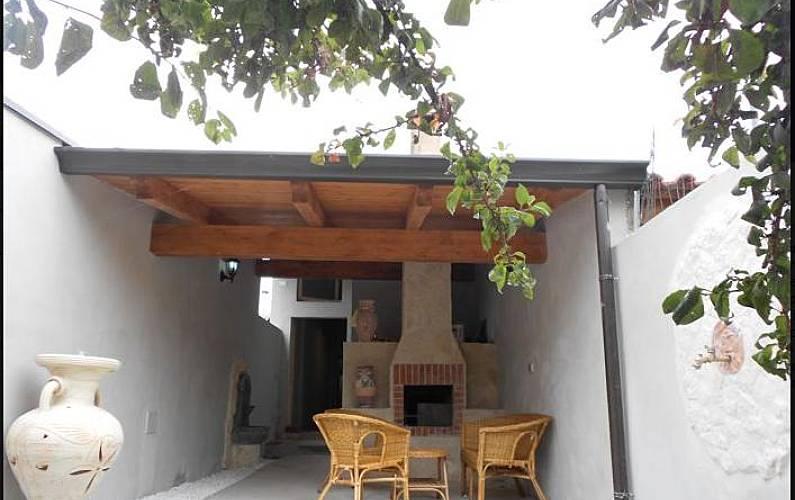 Casa Tipica Sarda Con 3 Stanze A 2 Km Dalla Spiaggia Cabras Oristano