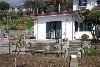 Villa zur Vermeitung, 3 Km bis zum Strand Cosenza