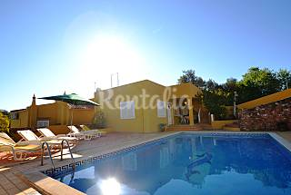 Fantastic 4 bed Room Villa Private Pool and WIFI Algarve-Faro