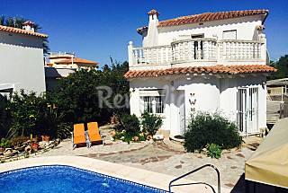 Villa urb. Lujo oliva nova, playa, piscina,wifi,c+ Valencia