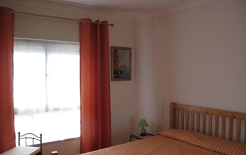 Apartamento com 2 quartos a 2 km da praia Algarve-Faro - Quarto