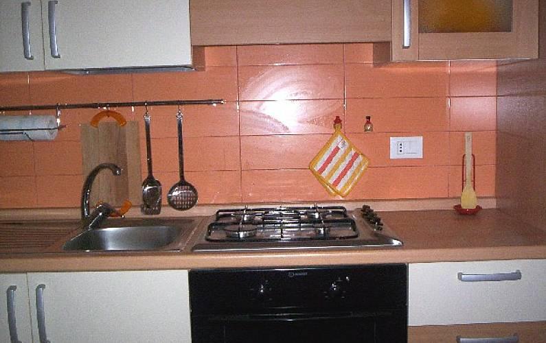 Appartement De 2 Chambres 10 Km De La Plage Cagnano