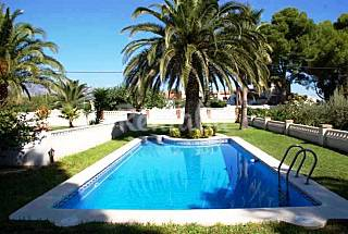 Villa en alquiler con piscina privada, preciosa! Tarragona