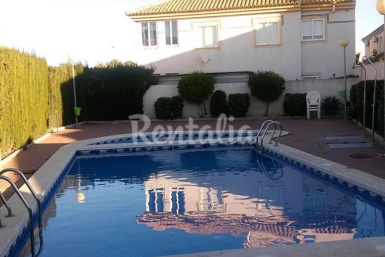 Apartamento tico con piscina los alcazares los - Atico con piscina ...