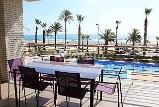 Apartamento de alto standing en 1a línea de playa Castellón