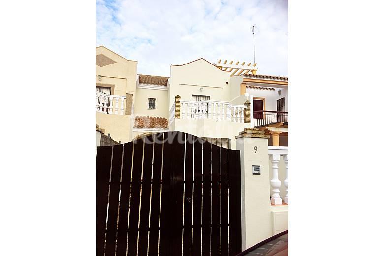 Alquiler casa en chipiona chipiona c diz costa de la luz - Casas de alquiler en chipiona ...